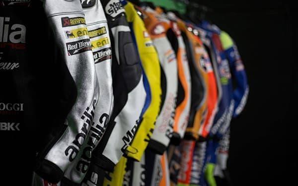MotoGP – Cuirs Réplique de Course Pour MotoGP – Leather Collection