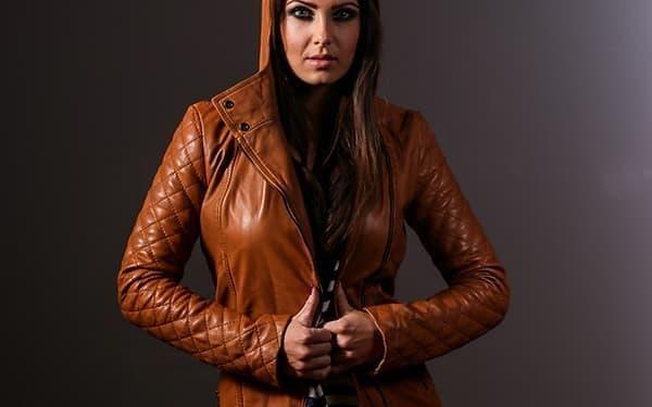 Femme – Vetements en Cuir Pour Femme – Leather Collection
